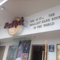 Photo taken at Hard Rock Cafe Cozumel by Sydney F. on 5/23/2013
