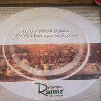 10/23/2012 tarihinde Murat Hayri S.ziyaretçi tarafından Köfteci Ramiz'de çekilen fotoğraf