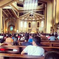 Das Foto wurde bei National Shrine of Our Lady of the Holy Rosary of La Naval de Manila (Sto. Domingo Church) von Arvie T. am 8/4/2013 aufgenommen