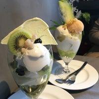 Photo taken at Pâtisserie Asako Iwayanagi by Misato S. on 5/3/2017