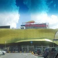 Foto scattata a Centro Commerciale La Romanina da Frank G. il 5/2/2013
