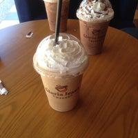 Photo taken at Gloria Jean's Coffees by Abu Othman Kamarul Jamal A. on 8/22/2015