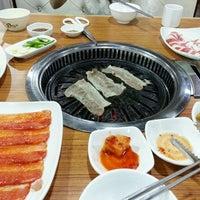 Photo taken at 韩尚味 by 蓝血螳螂 on 4/26/2014