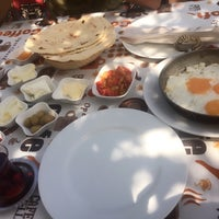 Photo taken at Osmanlı Kahvaltı Bahçesi / Ottoman Garden Breakfast by Edanur Z. on 5/31/2015