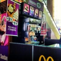 Photo taken at McDonald's by Sílvio G. on 9/26/2012