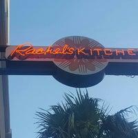 Foto tirada no(a) Rachel's Kitchen por S W. em 6/13/2016