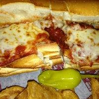 10/31/2012 tarihinde Bruce M.ziyaretçi tarafından Pizza Heaven'de çekilen fotoğraf