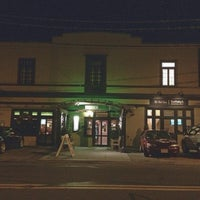 Photo taken at Hale St Tavern And Oyster Bar by /\ㅌ¥J T. on 12/4/2015