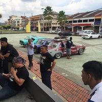 Photo taken at Dataran Darulaman by Jon P. on 9/14/2016