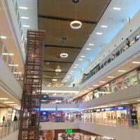 10/19/2012 tarihinde Omer B.ziyaretçi tarafından Starcity Outlet'de çekilen fotoğraf