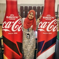 Photo taken at Malaysian Petroleum Club Restaurant by Hasanah A. on 6/30/2016