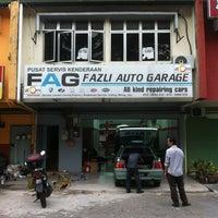 Photo taken at FAG Fazli Auto Garage by Mohd Salehuddin M. on 5/23/2013