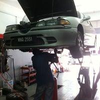 Photo taken at FAG Fazli Auto Garage by Mohd Salehuddin M. on 10/26/2013