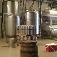 Foto tomada en Smog City Brewing Company por Carlos D. el 6/22/2013