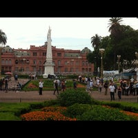 Foto tirada no(a) Plaza de Mayo por Marcos L. em 11/18/2012
