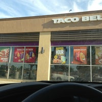 Photo taken at Taco Bell by MrMuNoZ 7o7 on 9/11/2013