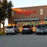 Photo taken at DoubleDave's Pizzaworks by Robert E. on 10/24/2013