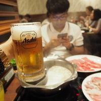 Photo taken at Mou Mou Club 牛涮鍋 by Lookkaew S. on 7/7/2015