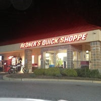 Photo taken at Redner's Quick Shoppe by Sydnei S. on 9/21/2013