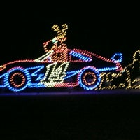 Foto tirada no(a) The Strip at Las Vegas Motor Speedway por Doug V. em 12/9/2012