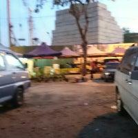 1/30/2016 tarihinde Takashi F.ziyaretçi tarafından Pasar Tani Danau Kota'de çekilen fotoğraf