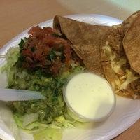 Снимок сделан в Pancho's Burritos пользователем Larisa P. 3/13/2016