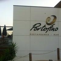 Foto tirada no(a) Portofino Restaurante Bar por Vitor P. em 6/29/2013