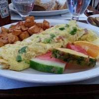 Photo taken at Proino Breakfast Club by Angela P. on 10/11/2015