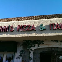 Photo taken at Marri's Pizza & Italian by Juan U. on 8/16/2015