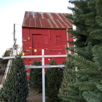 Photo taken at McMurtrey's Red-Wood Christmas Tree Farm by Jason C. on 12/7/2013