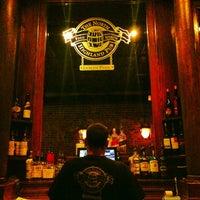 Foto tomada en The North Highland Pub por Stephen A. el 1/17/2013