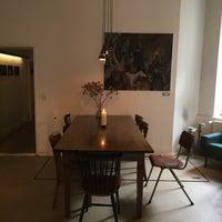 Das Foto wurde bei Café Hermann Eicke von Natalie S. am 9/25/2016 aufgenommen