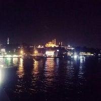 รูปภาพถ่ายที่ Haylaz Galata โดย Serap Y. เมื่อ 9/11/2015