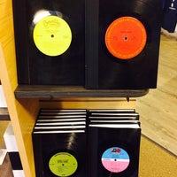 Photo taken at Berklee College of Music Bookstore by Hayden on 3/29/2014