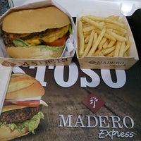Foto tirada no(a) Madero Express por Dayan L. em 8/26/2013