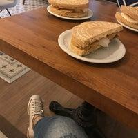 8/13/2017 tarihinde Sevcan K.ziyaretçi tarafından Kahvezen Bistro & cafe'de çekilen fotoğraf