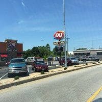 Photo taken at Dairy Queen by Jill D. on 7/10/2017