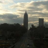 Das Foto wurde bei Atlanta BeltLine Corridor over North Ave von Mark S. am 12/9/2012 aufgenommen