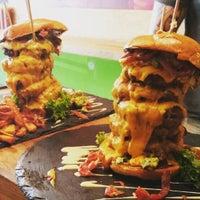 8/4/2015にDulf B.がDulf's Burgerで撮った写真