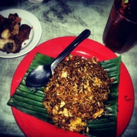 Photo taken at Restoran Kris by Bee B. on 2/17/2013