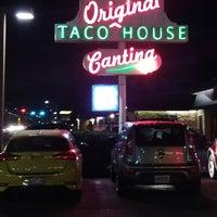 11/18/2017 tarihinde Scott E.ziyaretçi tarafından Original Taco House'de çekilen fotoğraf