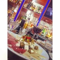 Photo taken at Villagio Italian Eatery by Jacquelyn I. on 7/9/2015