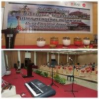 Photo taken at Hotel Horizon Bengkulu by Fia Ramona L. on 12/20/2015