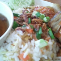Photo taken at Restoran Sky Delicious World by Didie on 9/23/2012