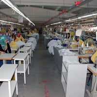 Photo taken at IKINCI BAHAR TEXTILE by Hlt A. on 3/20/2013