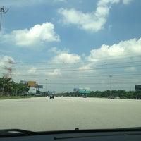 Photo taken at Exit 608 Persimpangan KLIA by Muhammad Adib ™ on 5/21/2013