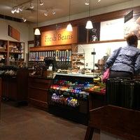 Photo taken at Peet's Coffee & Tea by Akira I. on 3/26/2013
