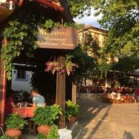 7/6/2016 tarihinde Pınar B.ziyaretçi tarafından Kazaviti Traditional Restaurant'de çekilen fotoğraf