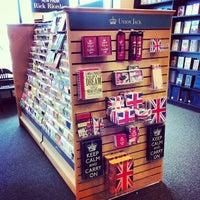 Foto diambil di Barnes & Noble oleh Kristen W. pada 8/26/2013