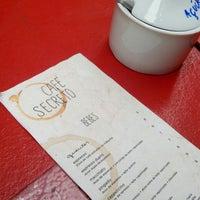 Foto diambil di Café Secreto oleh Ísis K. pada 6/20/2016